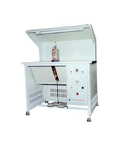 焊接变压器 精密储能点焊机主要技术参数 型号 最大储能量(焦耳) 电极